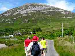 15 day ireland tours - Hiking Mount Errigal